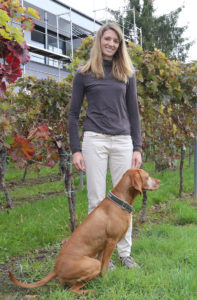 Beim Spaziergang mit Anton in den Weinbergen bei Heuchelheim. (Foto: honorarfrei)